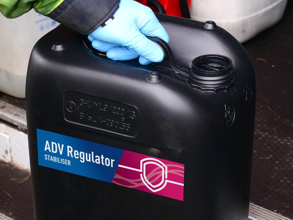 Diesel Service - Stabilisation du carburant - Les additifs de Diesel Service représentent un cocktail de vitamines qui préserve votre carburant stocké des microbes et accroit la performance de vos groupes électrogènes.